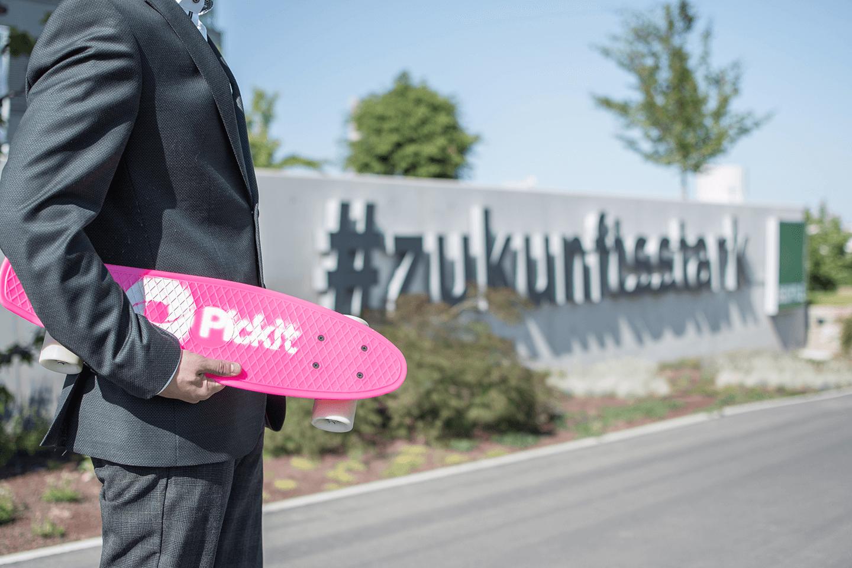 bechtle-skate-suit
